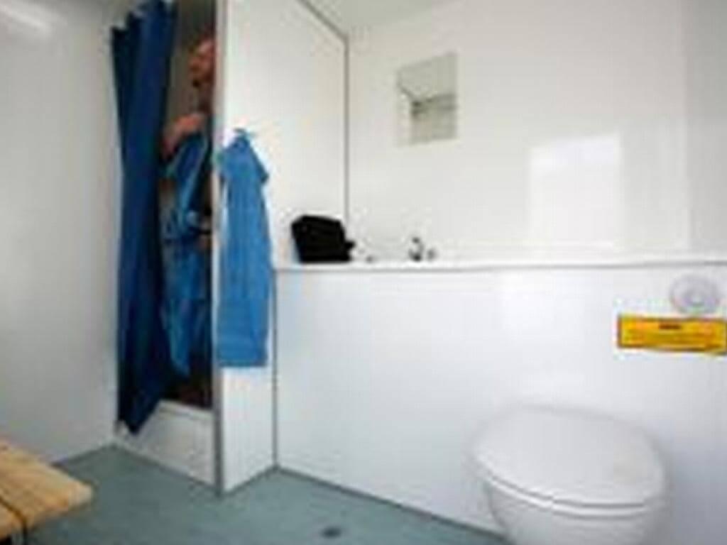 badevogn-med-3-badeværelser
